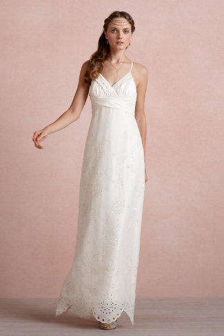 Off the rack wedding dresses for 1000 or less the broke ass white junglespirit Images