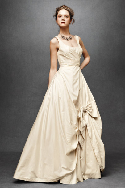 Vintage Cream Sweeping Taffeta Ball Gown | BHLDN