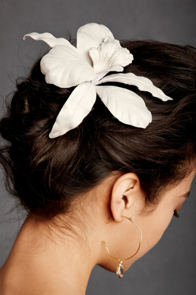 Jennifer Behr Ivory Ghost Orchid Comb | BHLDN