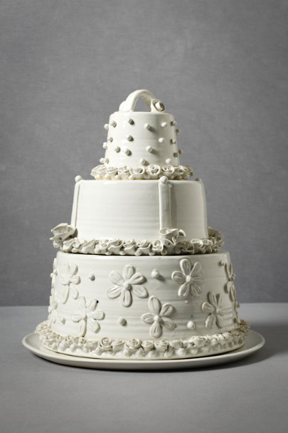 White Flights of Whimsy Cake Display | BHLDN