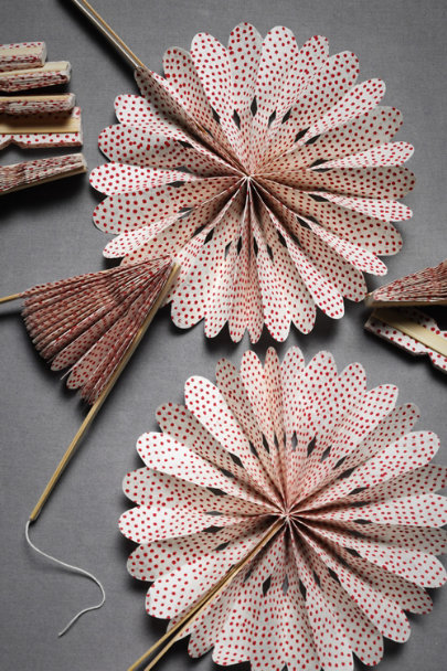 Red Crinkle Fans (10) | BHLDN