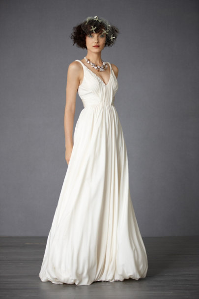 Modern mythology gown in bride bhldn for Anthropologie beholden wedding dress