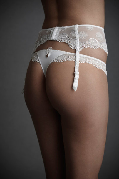 White Asterid Garter Belt | BHLDN