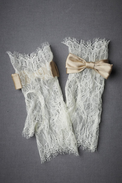 Ivory Peachy Keen Gloves | BHLDN
