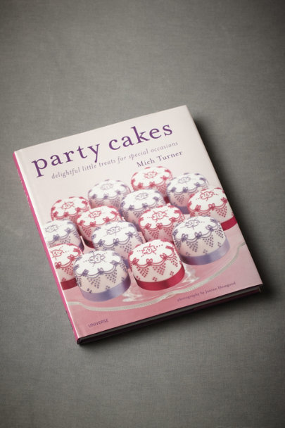 Multi Party Cakes: Delightful Little Treats for Special Occasions | BHLDN
