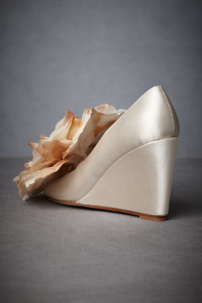 Ivory Petaled Prairie Wedges | BHLDN