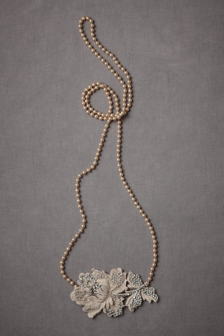 Recumbent Macramé Necklace