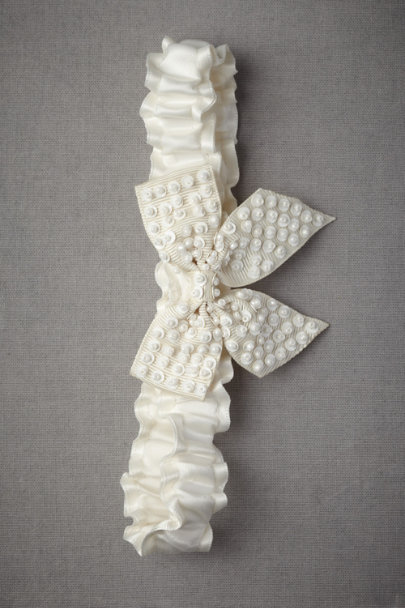 Ivory Ivory Droplets Garter | BHLDN