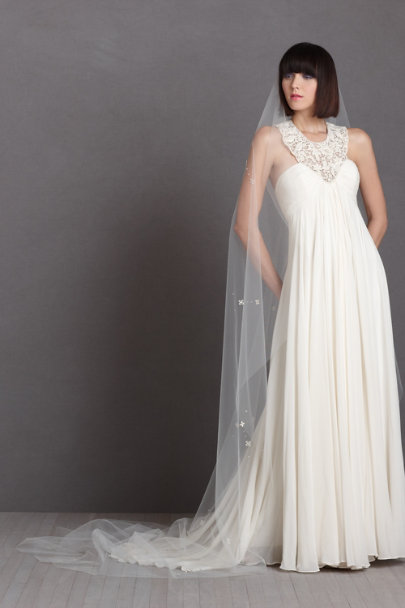 Debra Moreland ivory On-A-Breeze Veil | BHLDN