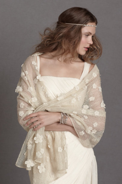 neutral Windswept Blossoms Wrap | BHLDN