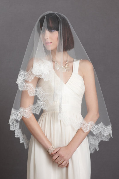 ivory Mantilla Veil | BHLDN