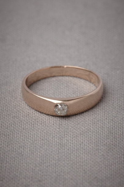 Prefigurative Ring