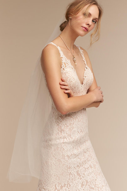 Debra Moreland ivory Cloudbreak Veil | BHLDN