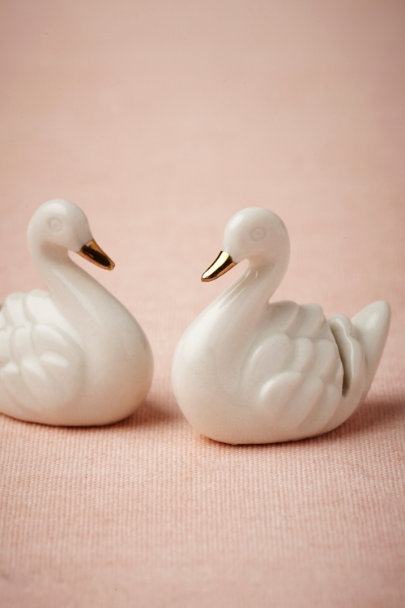 white/gold Swan Place Card Holders (6) | BHLDN