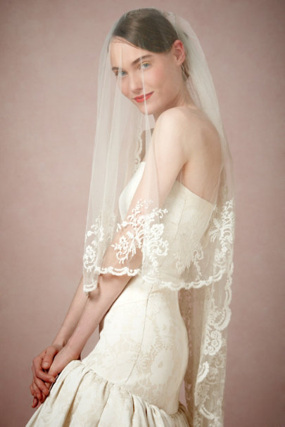 Catherine Deane diamond white Luella Veil | BHLDN