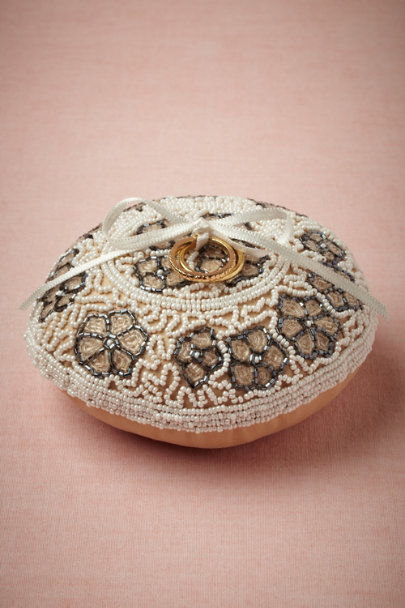 Brocante Ring Pillow