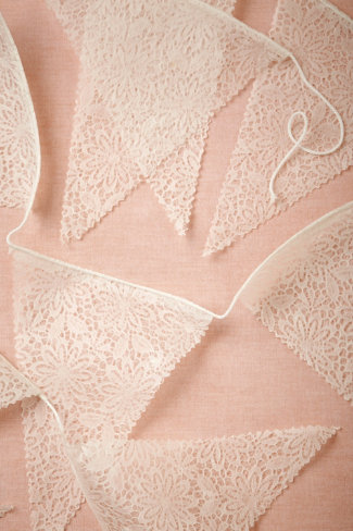 Lace Pennant Garland (3)