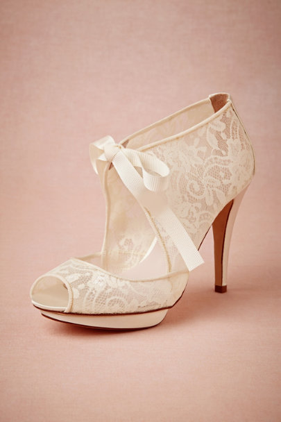 Harriet Wilde ivory Chantilly Booties | BHLDN