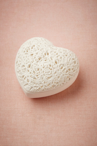 white Heart Maze Ring Box | BHLDN
