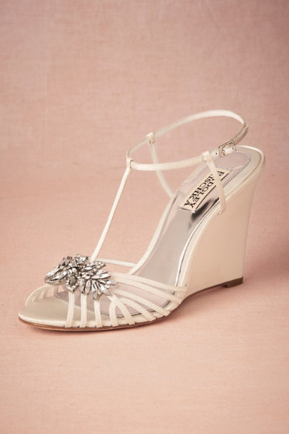 Badgley Mischka ivory Gigi Wedge | BHLDN