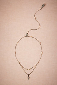 Pearly Back Drape Necklace