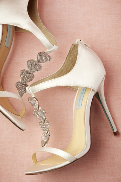 ivory Dancing Heart Shoes | BHLDN