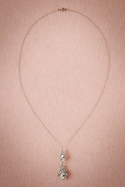 Moderne Pendant Necklace