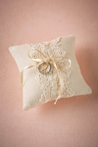 Moyna Ivory Lacework Ring Pillow | BHLDN