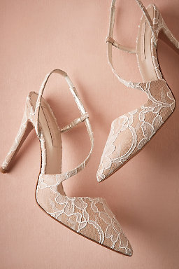 Lacework Pumps