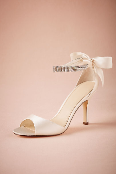 Hitherto Ivory Crystal Bow Heels | BHLDN