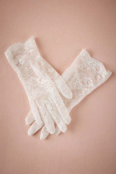 Ivory Pippa Gloves | BHLDN