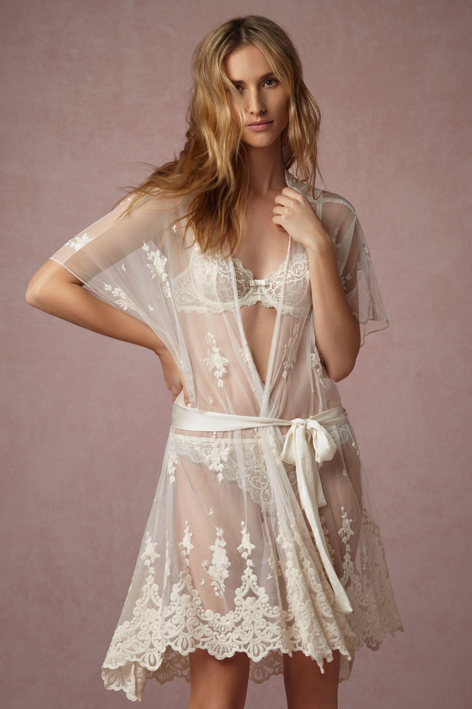 Translucid Lace Robe