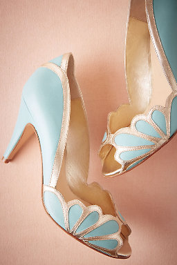 Isabella Scalloped Heel