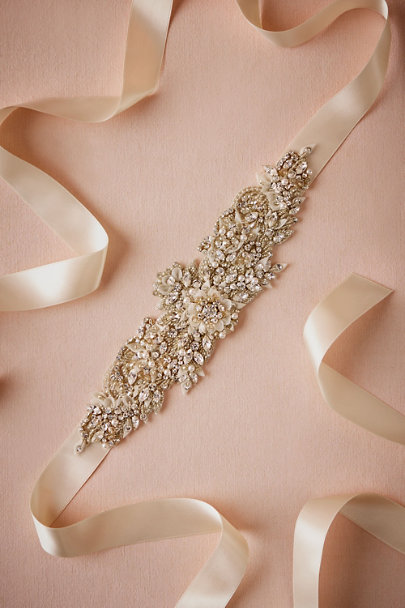 A.B. Ellie Neutral Le Champagne Sash | BHLDN