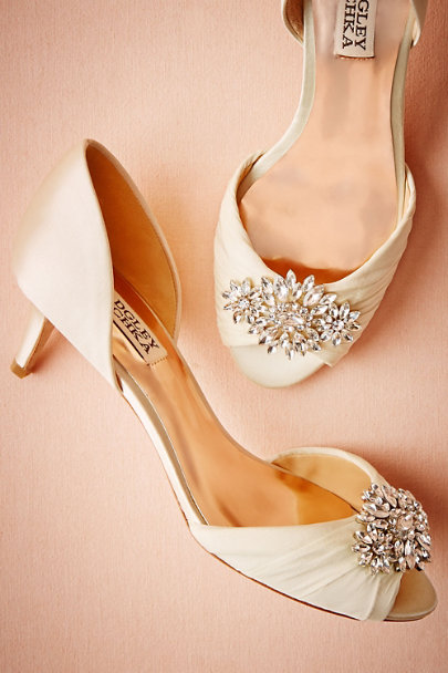 Badgley Mischka Ivory Libretto Kitten Heels | BHLDN