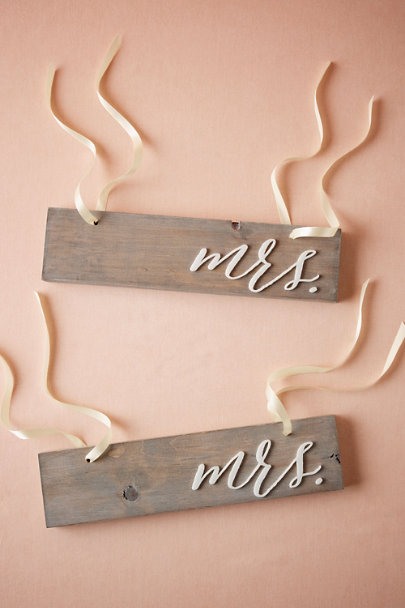 Mrs/Mrs Driftwood Chair Signs | BHLDN