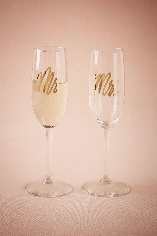 Mr. & Mrs. Champagne Flutes (2)