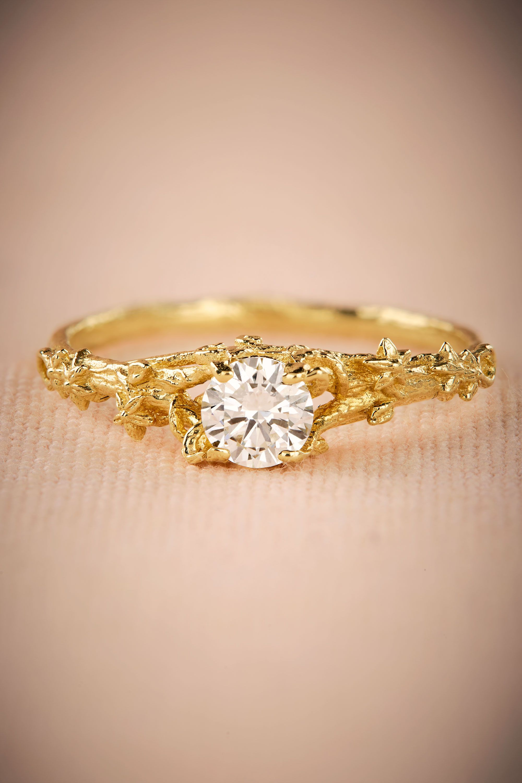 Vigne Diamond Ring