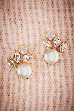 Luna Pearl Post Earrings