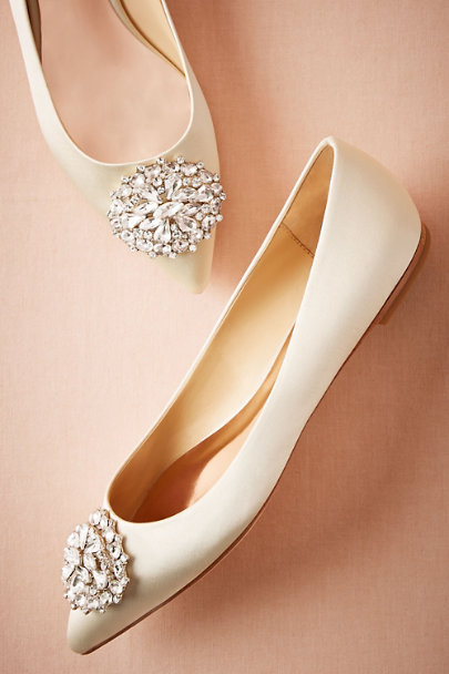 Badgley Mischka Ivory Ruthie Flats | BHLDN