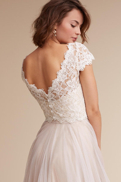 Where to buy bridesmaid dresses sydney