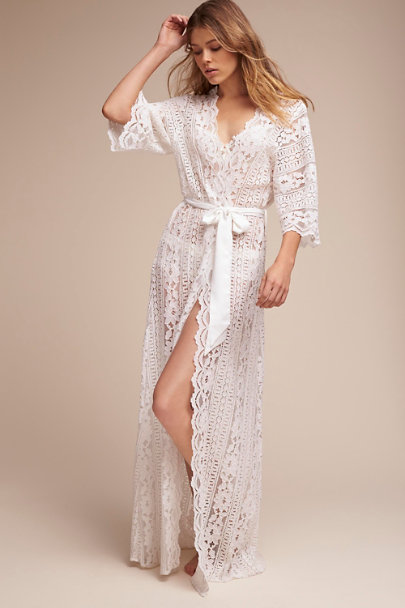 Homebodii Ivory Willow Lace Robe | BHLDN