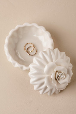 Porcelain Bloom Ring Box