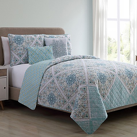 Vcny Windsor Reversible Quilt Set Bed Bath Amp Beyond
