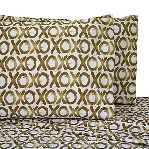 Home Oliver Gal Marble Flow Twin XL Sheet Set in White/Gold at Bed Bath & Beyond in Cypress, TX | Tuggl