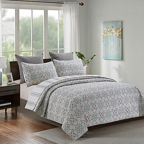 Laurent Floral Medallion Reversible Quilt Set at Bed Bath & Beyond in Cypress, TX | Tuggl