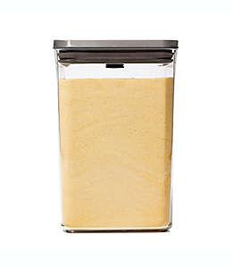 Contenedor de alimentos de plástico OXO Good Grips® SteeL POP rectangular de 4.16 L