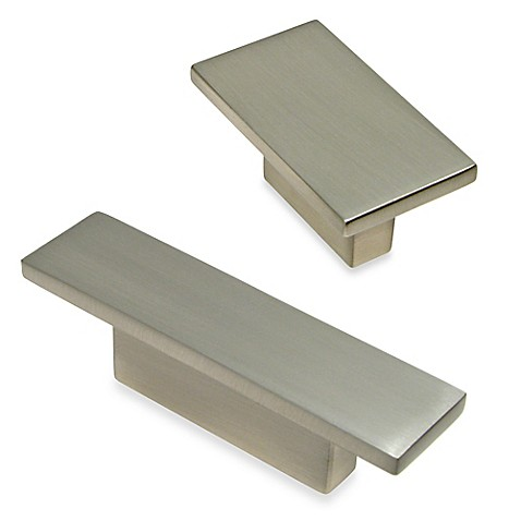 Richelieu Modern Rectangular Knob In Brushed Nickel Bed