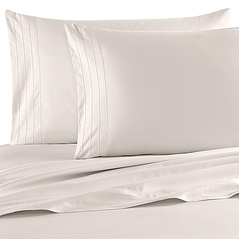 Buy barbara barry dream satin tux queen sheet set in ivory for Silk sheets queen bed bath beyond