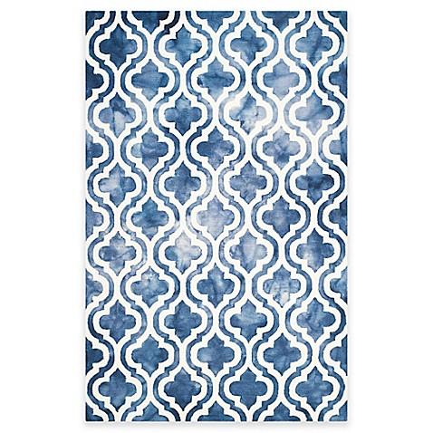Safavieh Dip Dye Double Trellis Handtufted Wool Rug Bed
